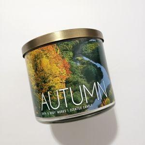 Bath & Body Works 3 Wick Candle Autumn
